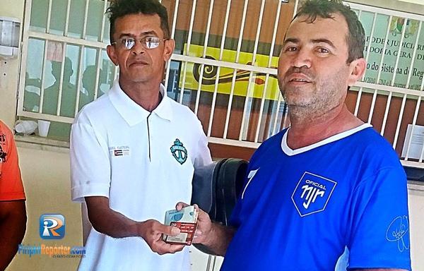 Homem encontra R$ 2 mil e passa 20 dias procurando dono no Piauí