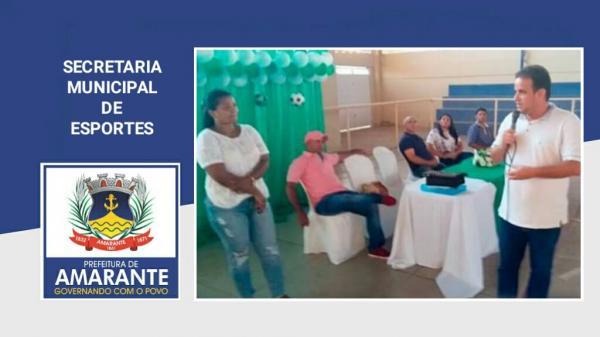 Prefeitura Municipal se reúne com os pais das crianças da escolinha de futsal e handebol