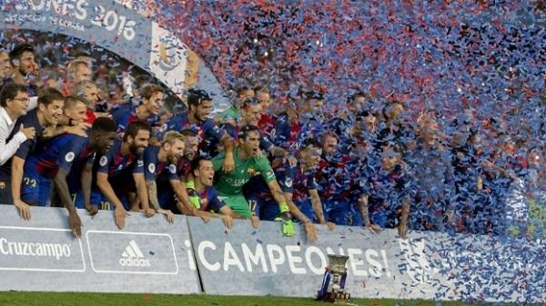 Barcelona não paga prêmio e distribui Iphones 7 ao elenco para evitar reclamações