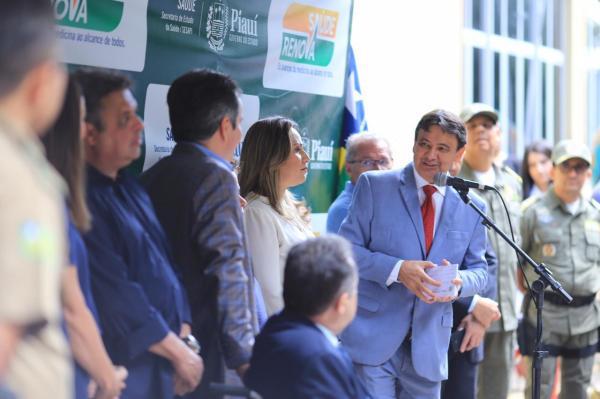Wellington Dias entrega R$ 1,9 milhão em equipamentos hospitalares