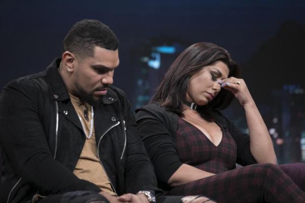 Naldo e Moranguinho relatam a verdadeira situação do casal e público fica em choque