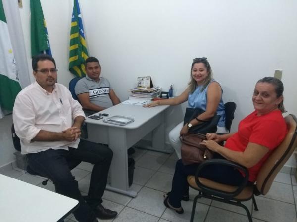 Prefeito Neguim Barbosa Recebe Secretária Municipal de Educação de Alto Longá