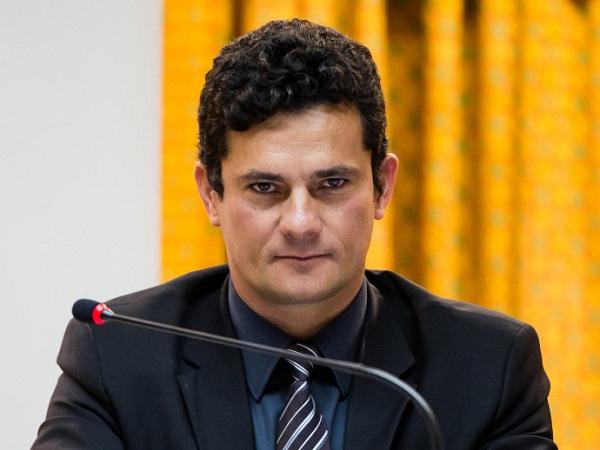 Nome do juiz federal Sérgio Moro é recebido por Temer como sugestão para ministro do STF