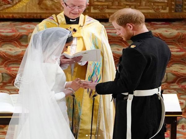 Família real britânica acrescenta página sobre Meghan em site