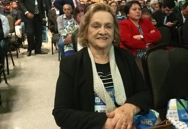 Prefeita de Angical, Neta Santos, participa das XXI Marcha dos prefeitos em Brasília