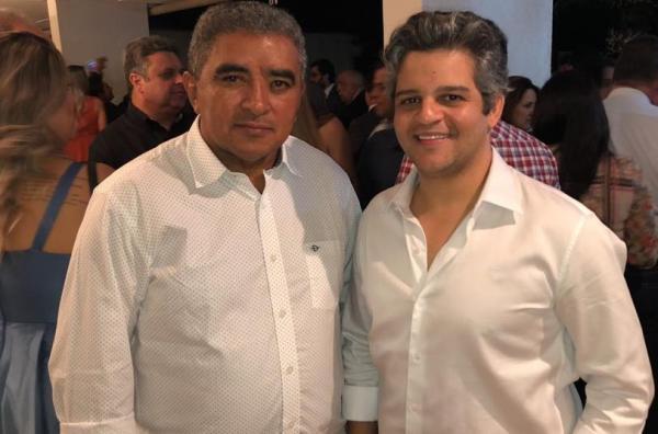 Em busca de recursos, prefeito e vice-prefeito de Miguel Leão participam de movimento municipalista em Brasília