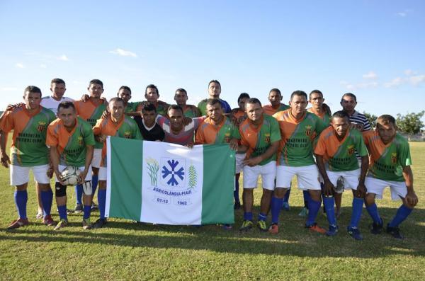 Agricolândia vence Demerval Lobão e conquista VII Copa Quarentões do Médio Parnaíba do Futebol; veja imagens