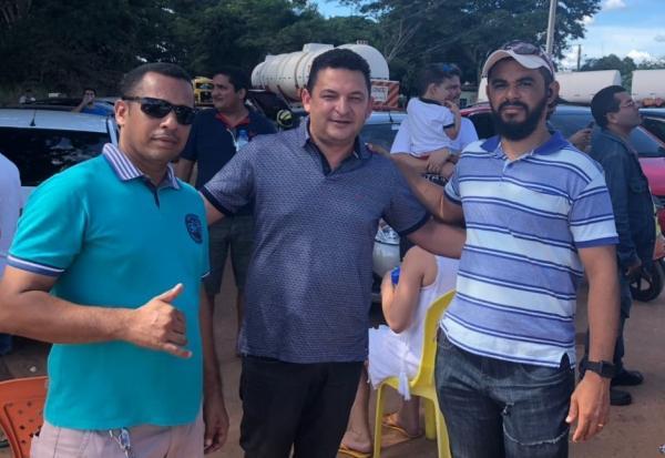 Prefeito Hélio Rodrigues se reúne com líder das manifestações no Piauí, que garante que só haverá combustível para os serviços essenciais