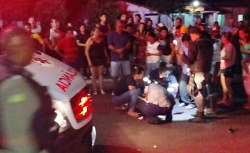 Foto: Moisés Lopes - Mulher é atropelada gravemente após sair de igreja