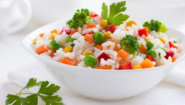 Não consegue comer arroz integral? Dicas para deixar o branco saudável
