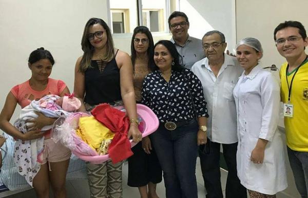 Secretaria de Assistência Social de Água Branca realiza ação no hospital municipal