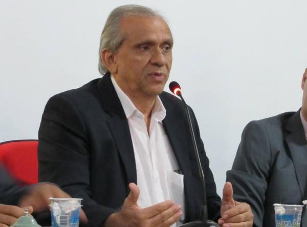 Vice-prefeito de Monsenhor Gil, Zé Noronha, renuncia ao cargo