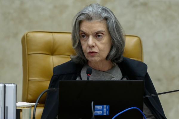 Cármen Lúcia assume pela 2ª vez a Presidência da República