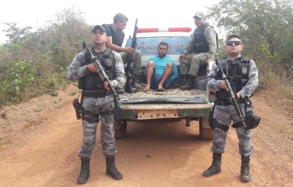 'Matei para roubar 250 reais', confessa acusado de matar homem a golpes de faca em Barro Duro, após ser preso
