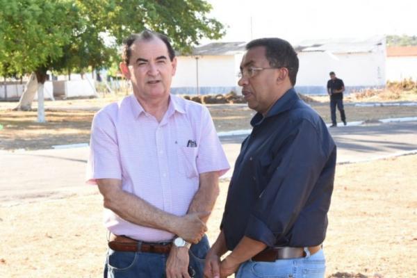 Prefeito Joel visita o Parque de Exposições e acompanha preparativos para a 48ª Exposição Feira Agro