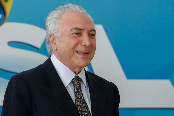 Temer parabeniza Seleção Brasileira via Twitter após vitória
