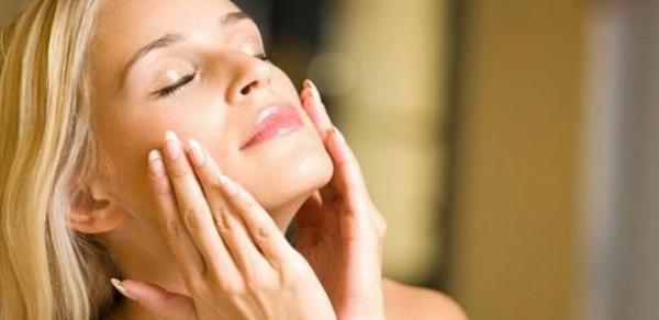 Faça em casa: creme anti-rugas para rejuvenescer a pele