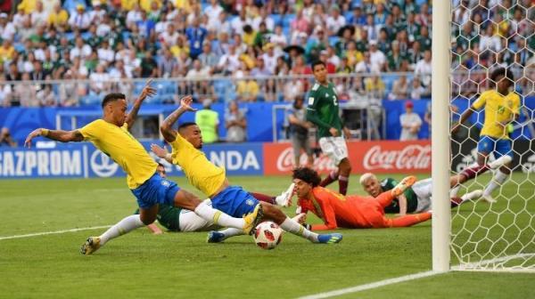 Copa do Mundo | Seleção brasileira atropela o México e garante vaga nas quartas