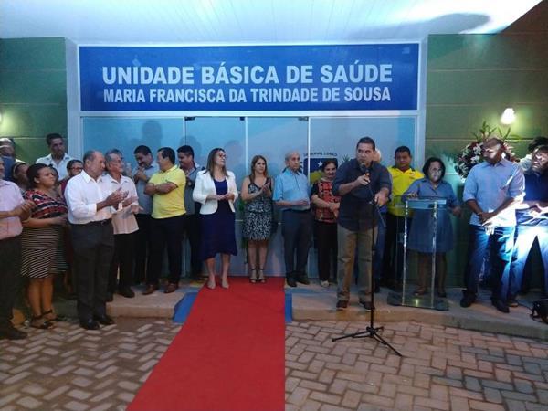 Prefeito Júnior Carvalho entrega obras importantes na área da saúde em Demerval Lobão