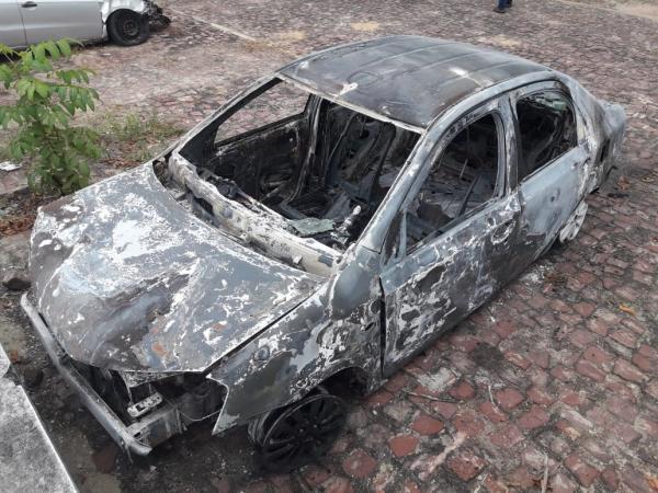Carro do dono de academia morto ao reagir assalto em Teresina é encontrado incendiado