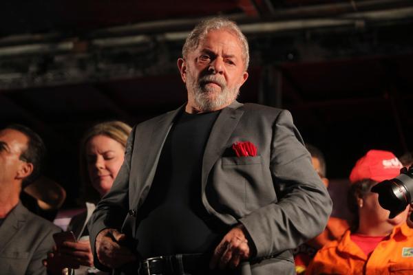 Juíza veta Lula em campanha e na convenção do PT