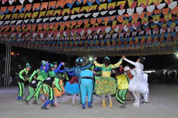 Abertura do 10° Festival Nordestino de Cultura Junina Nacional acontece em Floriano