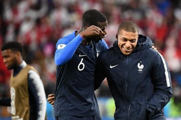 França e Croácia buscam glória na final da Copa do Mundo na Rússia