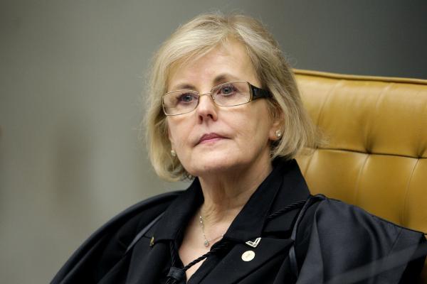 TSE nega pedido para declarar Lula inelegível antes de registro