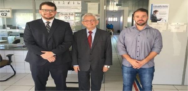 Presidente do TRE-PI visita cartórios eleitorais em cidade do Médio Parnaíba