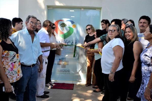 Prefeita de Angical, Neta Santos, inaugura reforma e ampliação de UBS do bairro Montevidéu