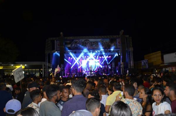 Aniversário de 64 anos de Angical é marcado por multidão em grande show em praça pública; veja imagens