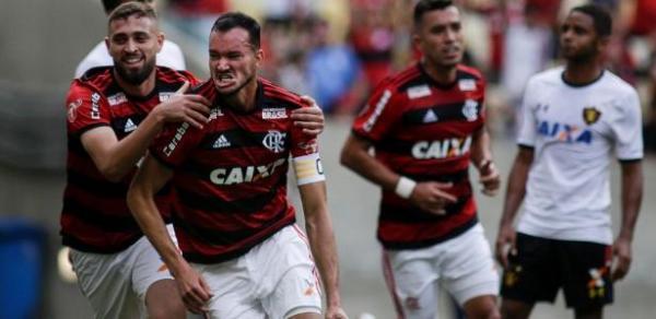 Flamengo atropela o Sport por 4 x 1 e se mantêm na liderança