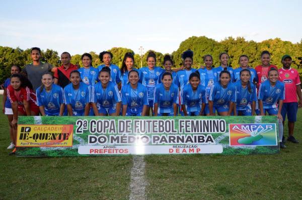 Monsenhor Gil vence Regeneração e é a grande campeã da 2ª Copa Feminino de Futebol do Médio Parnaíba; imagens