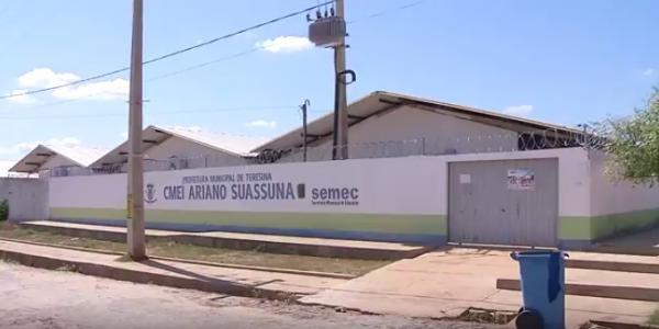Dupla armada invade creche, aponta arma para cabeça do vigia e troca tiros com a polícia na zona sul de Teresina