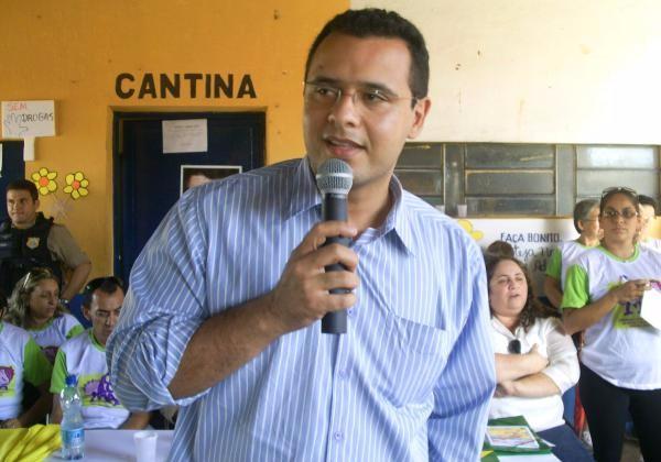 Mário Alexandre Costa Normando, promotor de Justiça de Água Branca (Imagem: Valdomiro Gomes/CANAL 121)