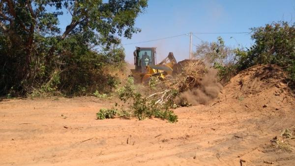 Prefeito de Barro Duro autoriza obra de ampliação do Cemitério Municipal