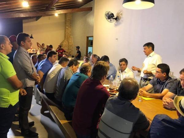 Wellington Dias, Ciro Nogueira de Marcelo Castro se reúnem com prefeitos da região do Médio Parnaíba
