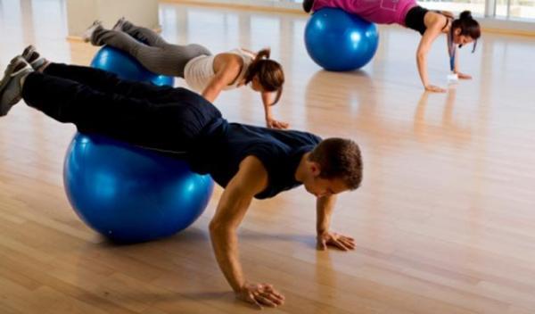 Treinamento funcional: benefícios e como fazer os exercícios