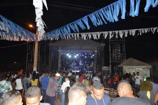 Iohannes, Pepê Jr. e Farra de Play comandam show de encerramento do festejo de Miguel Leão; veja imagens