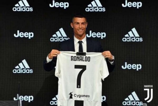 Juventus pagou R$ 100 mi por CR7 e pagará R$ 11 mi por mês para ele
