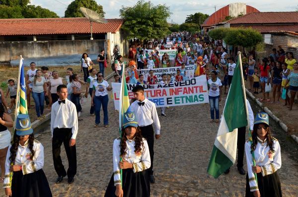 Desfile Cívico de 7  de Setembro reúne multidão em Prata do Piauí; veja imagens