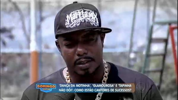 """Morre funkeiro dono do hit """"Um tapinha não dói"""""""