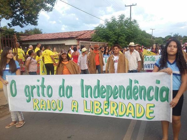 Desfile Cívico em alusão à Independência do Brasil é realizado em Jardim do Mulato; imagens