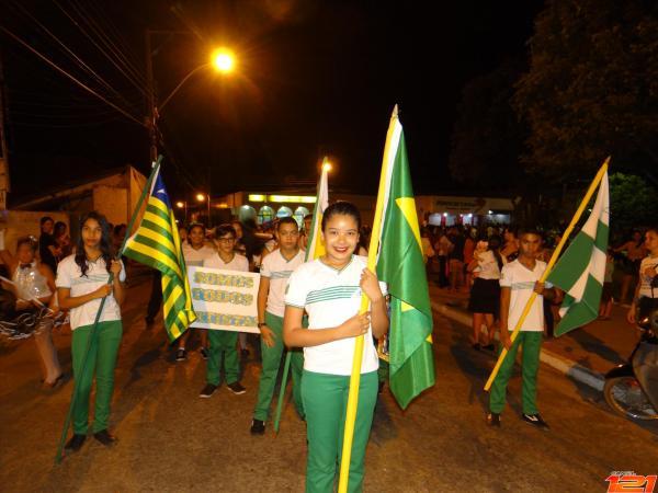 São Pedro do Piauí | Colégio IESP realiza grande Desfile Cívico pelas ruas da cidade