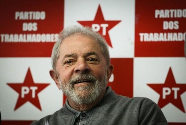 Defesa de Lula pede que STF julgue suspensão de inelegibilidade