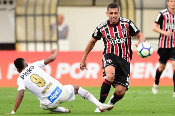São Paulo segura empate com o Santos na Vila e dorme na liderança