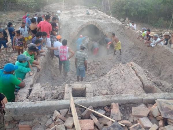 Duas pessoas morrem soterradas em olaria em cidade do Piauí