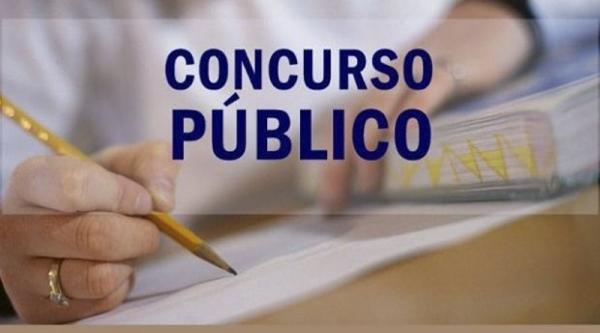 Começam etapas de organização do Concurso Público de Floriano
