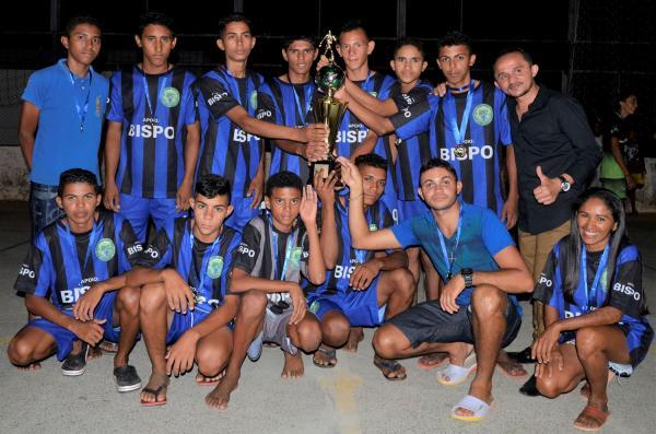 Juventude vence torneio de futsal sub-17 de São Miguel da Baixa Grande; veja imagens