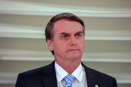 Ex-mulher diz ter sido ameaçada de morte por Jair Bolsonaro